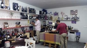 exposicion--vinos-licores-vidrio-7